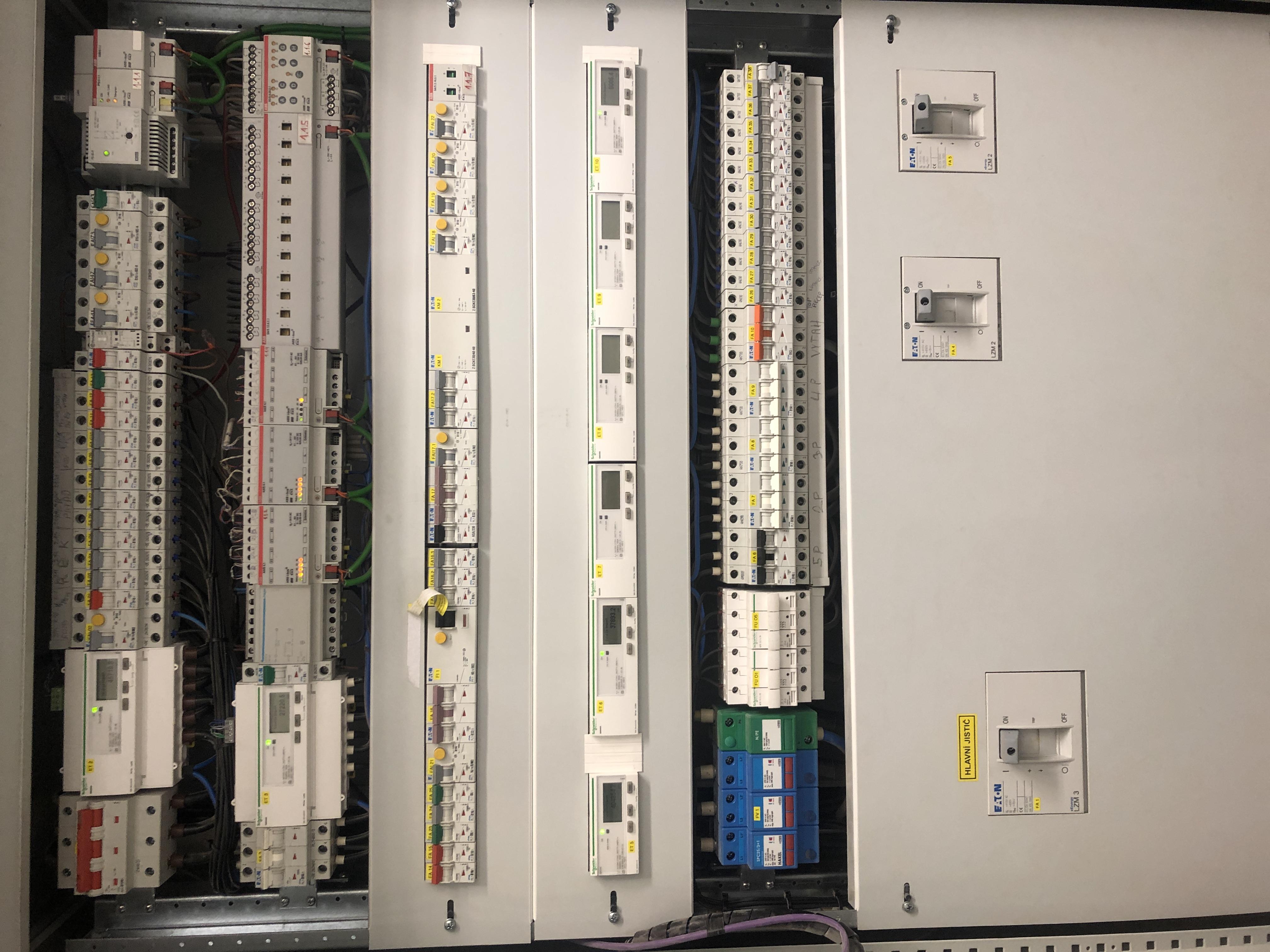 27CDC35E B2D1 4E75 9CB5 EA51C74F27D2